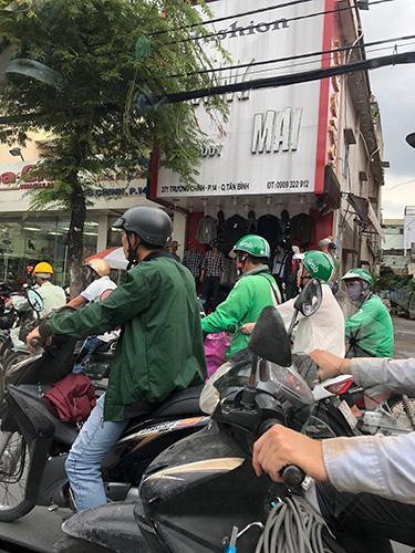 ベトナムのGrabバイク