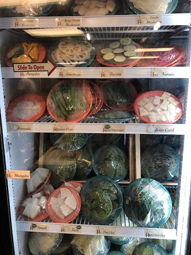 Sweet Home Cafeの鍋の具材、野菜など。