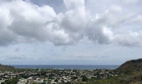 ハリケーン来る前のオアフの空と海